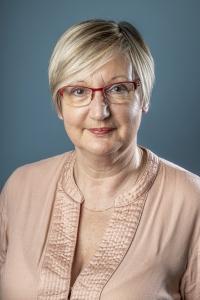Mme Sabine VERRIEST